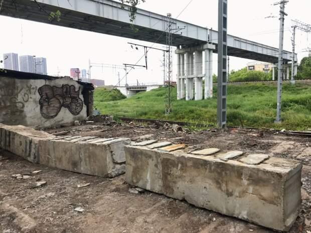 Территорию гаражного комплекса в 7-м проезде Марьиной Рощи привели в порядок