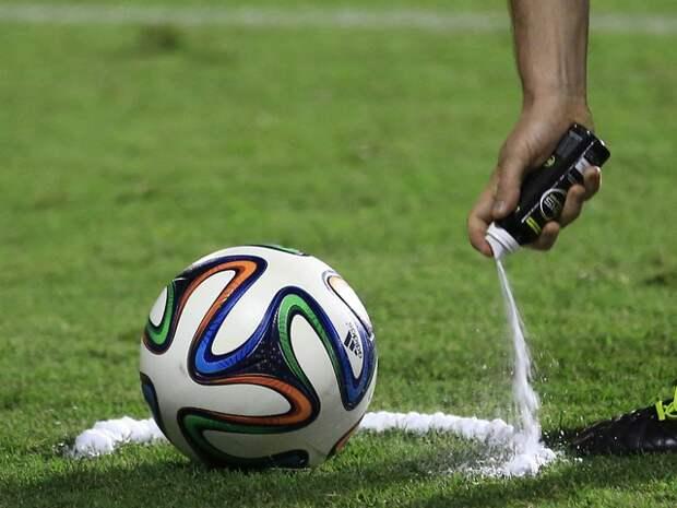 Источник: Четырем клубам РПЛ могут запретить играть на домашних стадионах