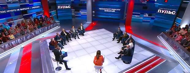 """Мнения """"украинской тусовки"""" о Навальном"""