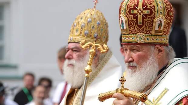 Патриарх Кирилл выступил за ограничение суррогатного материнства в России