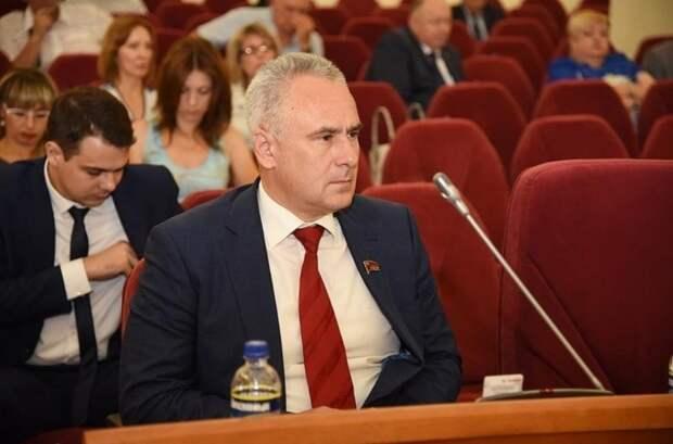 Депутаты Ростова незнают, кто дал приказ озакрытии аксайских рынков
