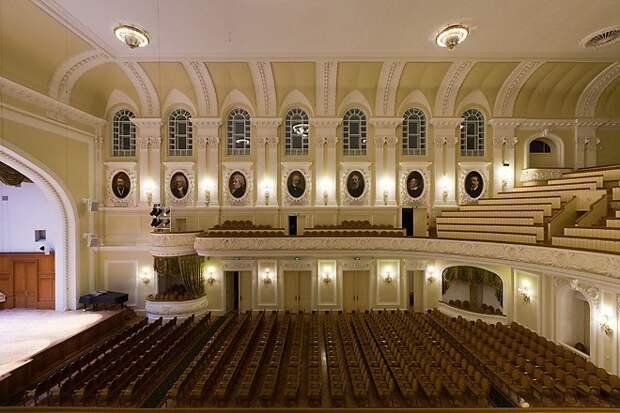 Музыканты Нижегородского оперного театра выступят на сцене Московской консерватории