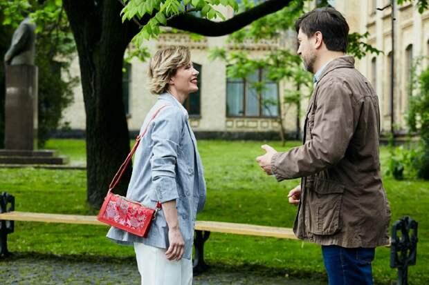 Олеся Власова и Дмитрий Сарансков получили главные роли в мини-сериале «Не отрекаются любя»
