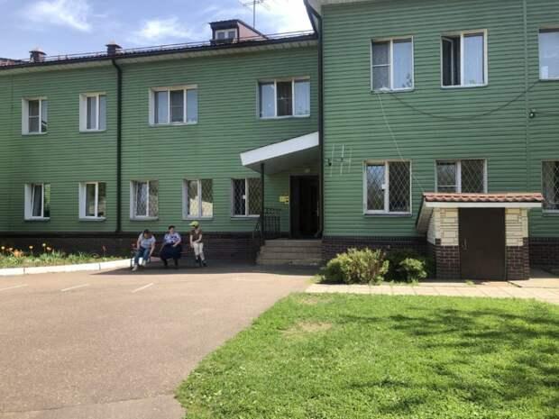 Волонтеры храма на Фестивальной посетили Яхромский дом-интернат