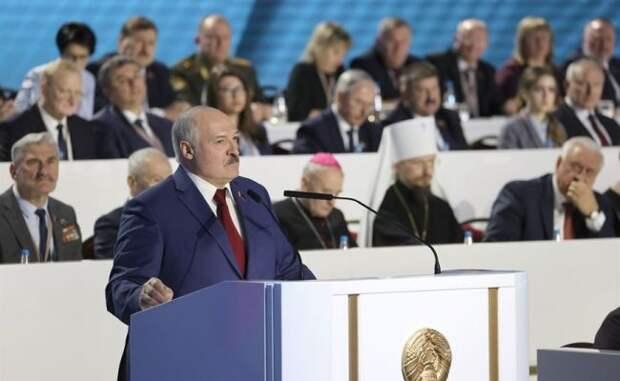 Лукашенко: Россия иКитай— стратегические партнеры Белоруссии