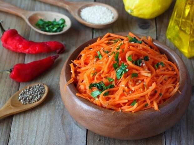 Новый рецепт — морковь по-корейски с орехами