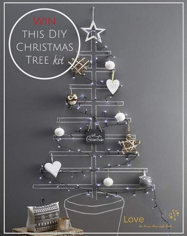 Прекрасный пример обустроить интерьер с помощью такого оригинального новогоднего дерева.