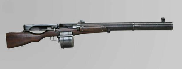 Huot Automatic Rifle под патрон .303 British (7,7×56 мм R). Фото: warmuseum.ca
