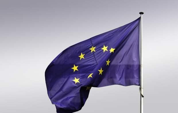 Евросоюзу не понравился запрет на владение землей иностранцам в Крыму