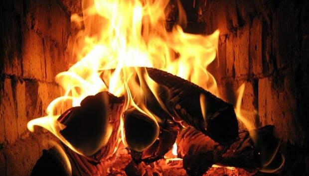 Житель Петрозаводска растапливал печь на даче и сильно обгорел