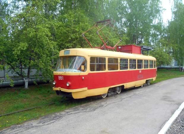 В Ижевске в выходные закроют движение трамваев в Металлург