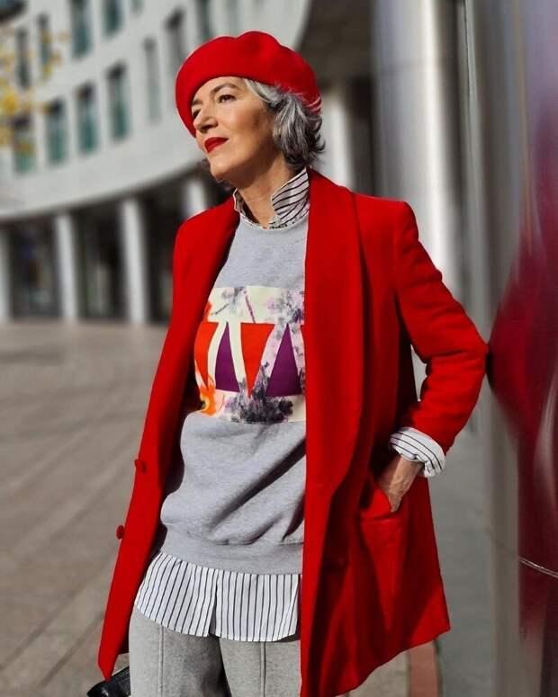 10 ярких образов для тех, кто не собирается отказываться от красного даже после 50