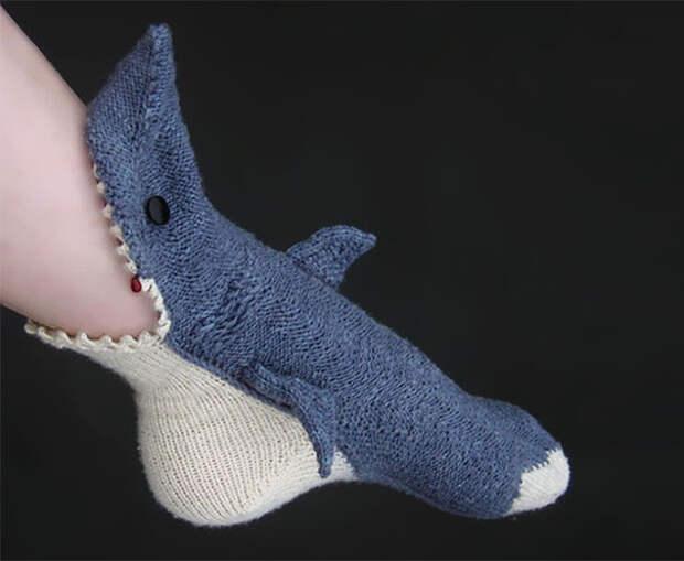 Носки-акулы вязание, новый год, подарки