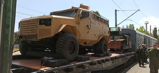 В Волгоград прибыл тематический спецпоезд «Мы – армия страны! Мы – армия народа!»
