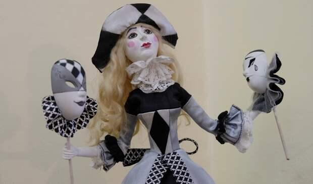 Вставропольском изомузее открылась выставка костюма икерамики
