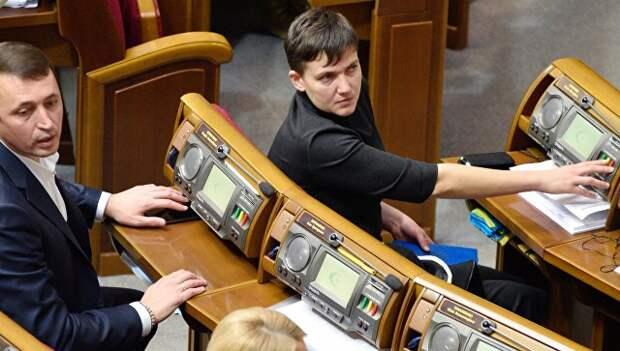 Депутат от партии Батькивщина Надежда Савченко на заседании Верховной рады Украины в Киеве. 15 ноября 2016