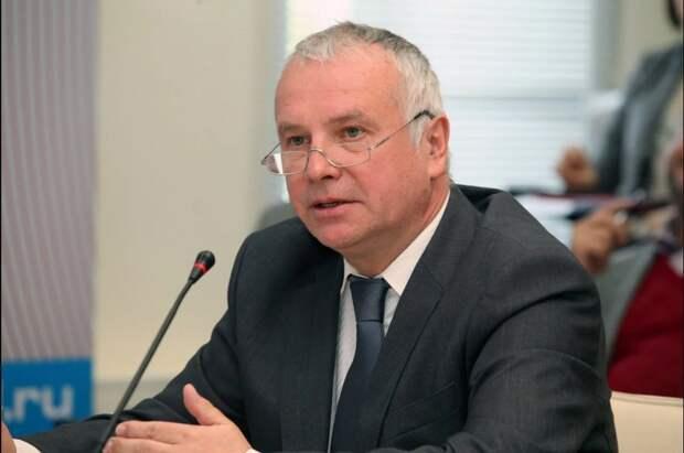 Киев официально признал ЛДНР и не знает, что с этим делать – немецкий политолог