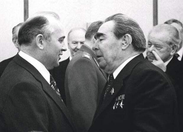«Царь овец»: почему Брежнев дал такое прозвище Горбачеву