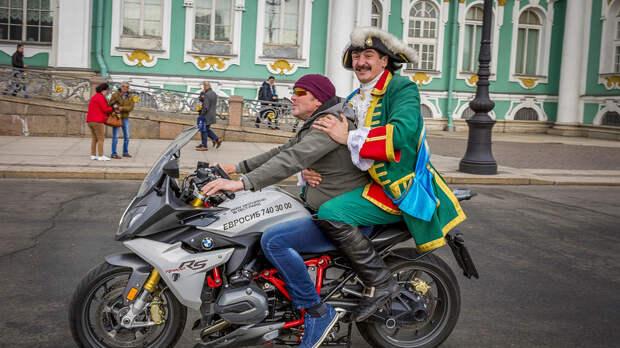 Один день из жизни разных регионов России (ФОТО)