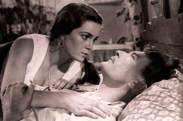 Элина Быстрицкая и Петр Глебов в фильме «Тихий Дон», 1957 год.