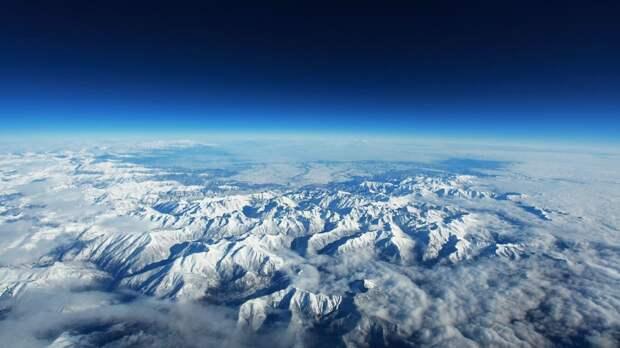 Атмосфера Земли подвергается высокому стрессу из-за возрастающей нагрузки промышленных выбросов