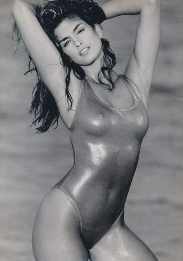 Самые шикарные фотогравии секс-символа 90-ых Синди Кроуфорд.