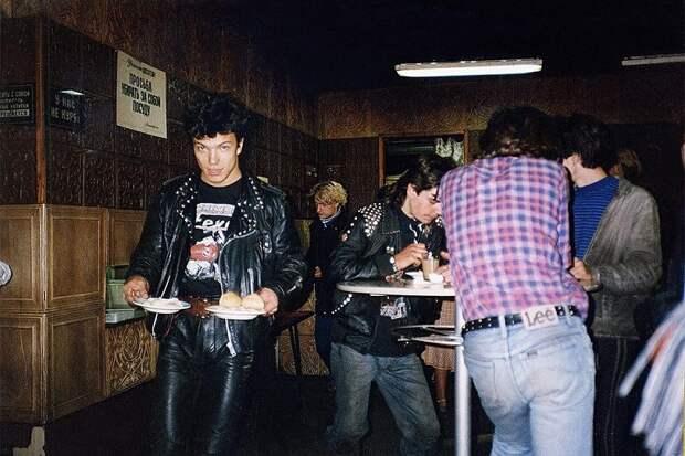 Назад в прошлое.Трогательные фото 80-х годов.