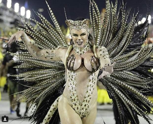 Голые танцы: как в Рио-де-Жанейро празднуют карнавал-2018 в мире, девушки, карнавал, костюм, люди, праздник, рио-де-жанейро, танцы