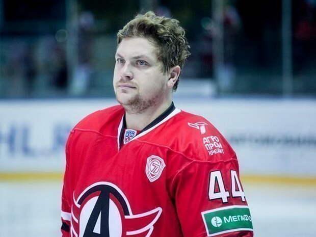 Бывший хоккеист «Автомобилиста» умер в32года от COVID-19