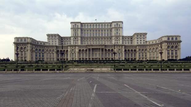Объявила блоха медведя врагом: В России не сдержались после выпада Румынии