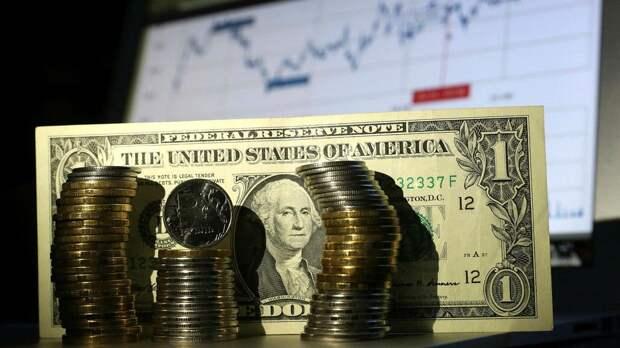 Эксперт перечислил сюрпризы, которые можно ждать от доллара
