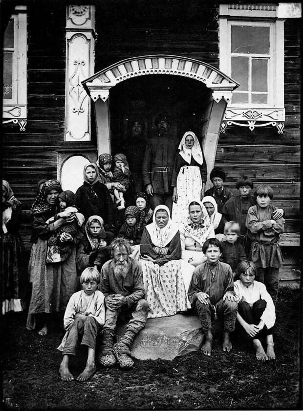 Группа старообрядцев. Деревня Кузнецово Семеновского уезда. История в фотографиях, россия
