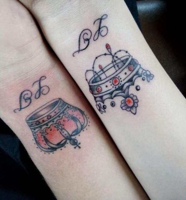Парню 24 часа набивали на спине огромную татуировку с портретом возлюбленной