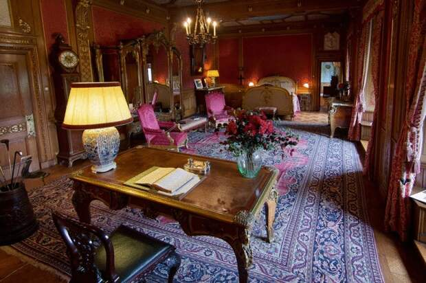 Де Хаар: самый большой и самый роскошный замок в Нидерландах