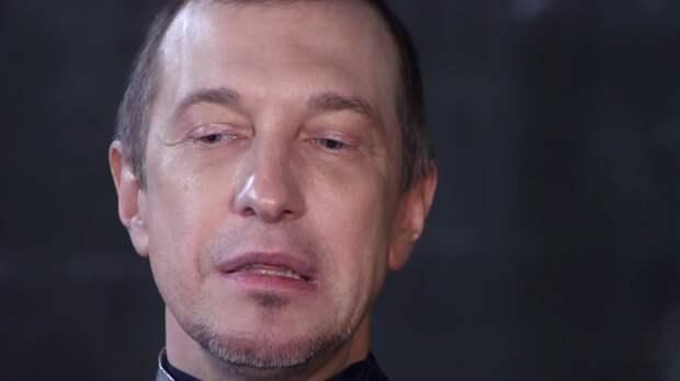 """Соседов рассказал о желании юных артисток найти """"покровителя"""" в шоу-бизнесе"""