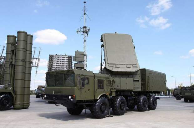 В США назвали потенциальных покупателей новейшего ЗРК С-500