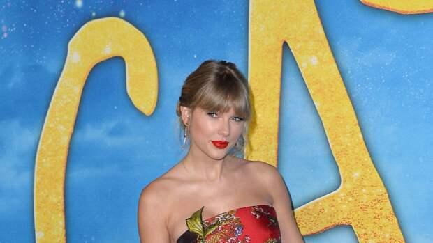Тейлор Свифт получила почетную премию  Brits Global Icon Award