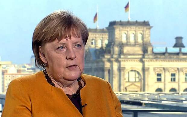 Обвал рейтингов Меркель: Россия рискует потерять не только СП-2, но и саму Германию