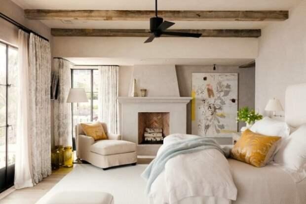 Как расставить мебель в спальне: классические варианты и модные тренды (27 фото)