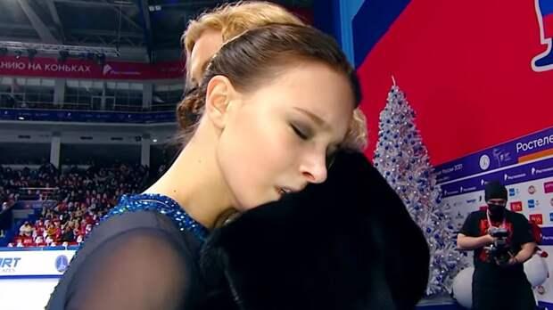 Тутберидзе решила поиздеваться над Щербаковой, допустив ее до чемпионата России