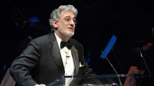Оперный певец Пласидо Доминго оставит сцену после обвинений в домогательствах