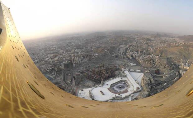 Голова кругом: виды с самых высоких зданий мира