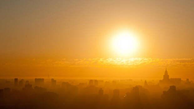 """Вильфанд предупредил россиян об """"опасном солнце"""" на следующей неделе"""