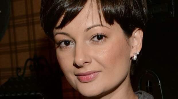 """Виктория Талышинская рассказала, почему старые хиты """"Непары"""" стали популярны в TikTok"""