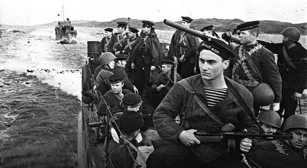 Морской пехотинец Александр Комаров выстоял в рукопашной схватке против 20 самураев