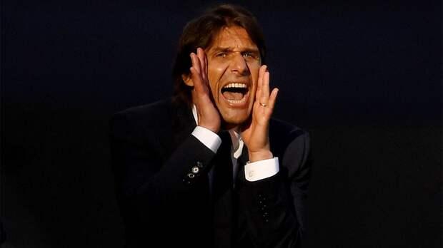 Президент «Ювентуса» назвал средний палец, который ему показал Конте, «жестом любви»