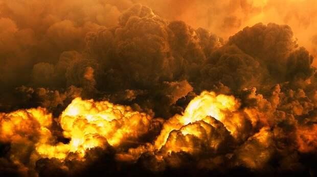 В Ильменском проезде произошел крупный пожар