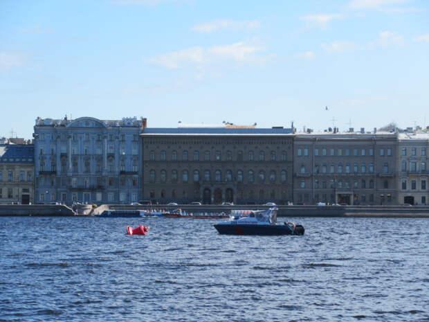 «Алые паруса» сегодня на Неве