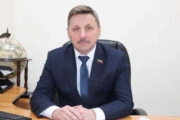 Сколько заработал за 2020 год глава депутатов Искитима: Юрий Мартынов стал беднее