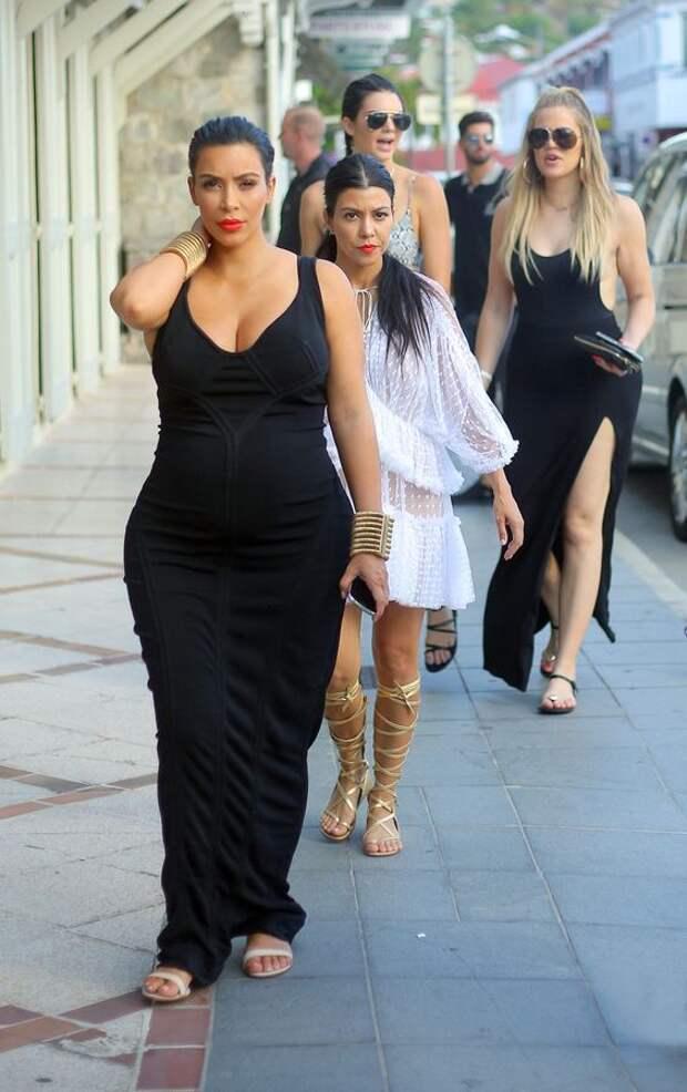 16 честных снимков, которые развеют в пух и прах идеальный образ Ким Кардашьян